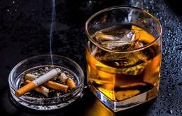 Thuốc lá, rượu bia có thể gây đột quỵ ở người trẻ tuổi