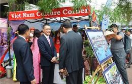 Việt Nam tham gia Lễ hội ASEAN + 3 tại Campuchia