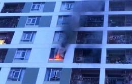 Cháy ở chung cư Parc Spring do cục sạc dự phòng cắm điện lâu ngày