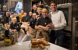 Nhà hàng với những nhân viên đặc biệt tại Pháp