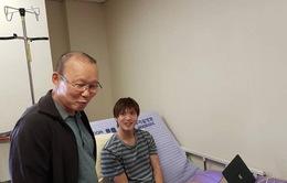 HLV Park Hang Seo thăm tiền vệ Tuấn Anh tại Hàn Quốc