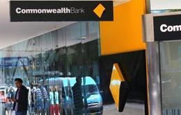 Ngân hàng Australia thu phí khách hàng đã mất sau hơn 10 năm