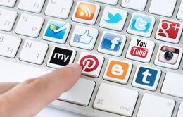 5 tác hại đối với sức khỏe do quá lạm dụng mạng xã hội