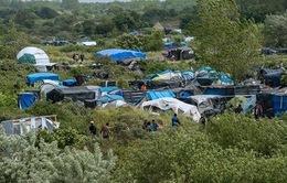 Hạ viện Pháp thông qua dự luật nhập cư gây tranh cãi