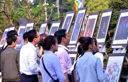 """Đà Nẵng: Khai mạc triển lãm mỹ thuật """"Kết nối Hải Vân Quan"""""""