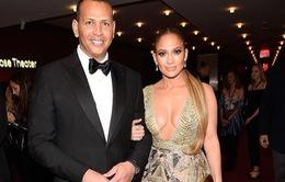 Jennifer Lopez tỏa sáng tại Gala tôn vinh 100 nhân vật có ảnh hưởng nhất thế giới