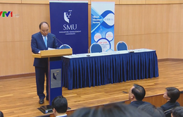 Thủ tướng thăm Đại học Quản lý Singapore