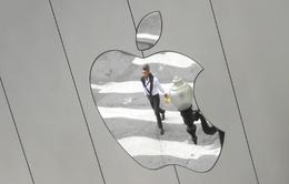 """Sau Samsung, Intel gặp họa vì chiến lược """"làm tất ăn cả"""" của Apple"""
