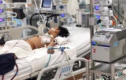 Cứu sống trong gang tấc bé trai bị viêm cơ tim tối cấp