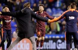 Kết quả bóng đá sáng 30/4: Barcelona đăng quang chức vô địch, Man Utd thắng kịch tính Arsenal
