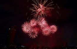 """[Video] """"Đại tiệc"""" pháo hoa và âm nhạc của Đội Ba Lan"""