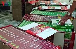 Phát hiện xe khách vận chuyển gần 5.500 gói shisha không giấy tờ