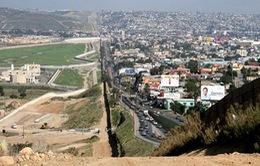Mỹ sẽ quân sự hóa biên giới với Mexico