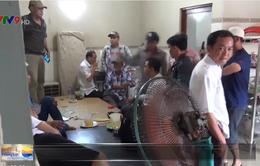 Kiên Giang: Bắt quả tang cán bộ ngành thuế và ngân hàng đánh bài ăn tiền