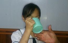 Xử lý nghiêm cô giáo bắt học sinh súc miệng bằng nước giặt giẻ lau bảng