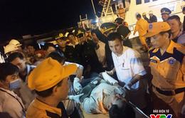 Cứu nạn 19 thuyền viên của 2 tàu cá bị chìm