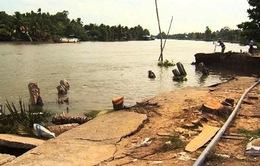Sạt lở bờ sông nghiêm trọng tại Cần Thơ
