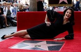 Wonder Woman Lynda Carter được vinh danh trên Đại lộ danh vọng