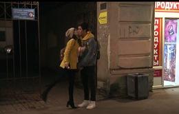 Tình khúc Bạch Dương - Tập 27: Mới gặp, Diệu Anh (Nhã Phương) đã hôn Linh (Bình An) rồi!