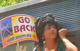 Người tiêu dùng Ấn Độ xuống đường phản đối Walmart