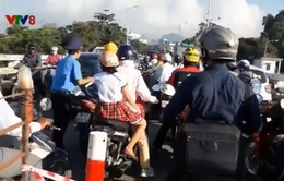 Phú Yên: Thi công đường gây ách tắc giao thông trên cầu Sông Chùa