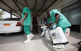 Ngăn chặn dịch bệnh Ebola lây lan