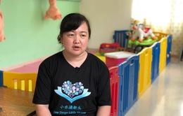 Trung Quốc: Người phụ nữ độc thân nuôi 2.000 trẻ mồ côi
