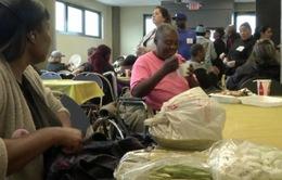 Bữa tiệc mừng Ngày của Mẹ cho người vô gia cư tại Mỹ