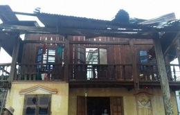 Đăk Nông: Lốc xoáy làm đổ sập và tốc mái 35 căn nhà