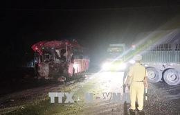 Ninh Thuận: Tai nạn giao thông nghiêm trọng trên quốc lộ 1A làm 12 người trọng thương