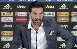 Buffon quyết định chia tay Juventus nhưng chưa giải nghệ