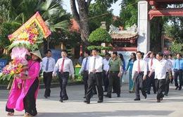 Kỷ niệm 128 năm Ngày sinh Chủ tịch Hồ Chí Minh: Lễ dâng hương tưởng niệm tại Khu Di tích Kim Liên
