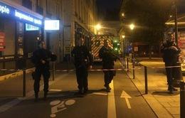 Vụ tấn công bằng dao tại Paris: Buộc tội một người bạn của hung thủ, bắt giữ thêm 2 phụ nữ tình nghi