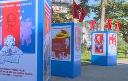 Triển lãm tranh cổ động tuyên truyền Ngày Bác Hồ ra Lời kêu gọi thi đua ái quốc