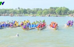 Giải đua thuyền truyền thống hưởng ứng Festival Huế 2018