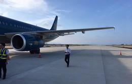 Máy bay hạ cánh nhầm đường băng: Do lỗi của tổ bay