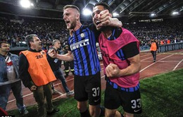 Kết quả bóng đá sáng 21/5: Barcelona nâng cúp, Inter giành quyền dự Champions League mùa tới