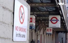 Nước Anh giảm tỷ lệ sử dụng thuốc lá bằng cách nào?