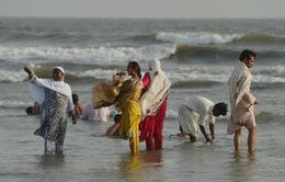 Nắng nóng hơn 40 độ C hoành hành ở Pakistan, 180 người tử vong