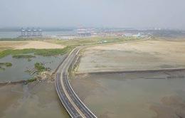 Xem lại việc thu hồi dự án cảng biển 10.000 tỷ đồng