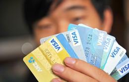 Dùng giấy tờ tùy thân giả mở thẻ ATM có thể bị truy cứu trách nhiệm hình sự