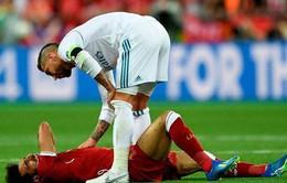 Salah chấn thương nặng, Ramos gửi lời an ủi