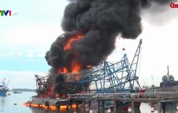Cháy tàu cá vỏ thép tại cảng Kỳ Hà, Quảng Nam