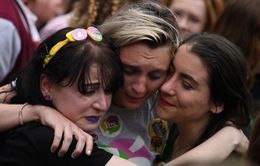 Người dân Ireland đồng ý bỏ luật cấm phá thai