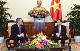 Phó Thủ tướng Phạm Bình Minh tiếp Thượng nghị sỹ Hoa Kỳ Cory Gardner