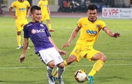 Không kịp bình phục, Quang Hải lỡ trận đấu với SLNA