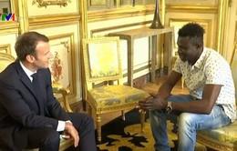 """""""Người nhện"""" Mali được cấp quốc tịch Pháp"""