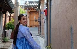 Vân Hugo mặc hanbok khoe vẻ đẹp xinh tươi