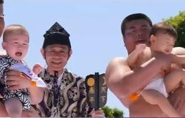 Độc đáo lễ hội Sumo dọa trẻ em tại Nhật Bản