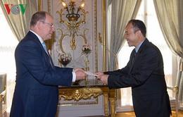 Đại sứ Việt Nam tại Pháp trình thư ủy nhiệm lên Hoàng thân Monaco